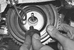 Замена ремня привода газораспределительного механизма и натяжного ролика